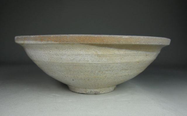 18: Chinese White Glazed Pottery Bowl poss. Song Dyn.