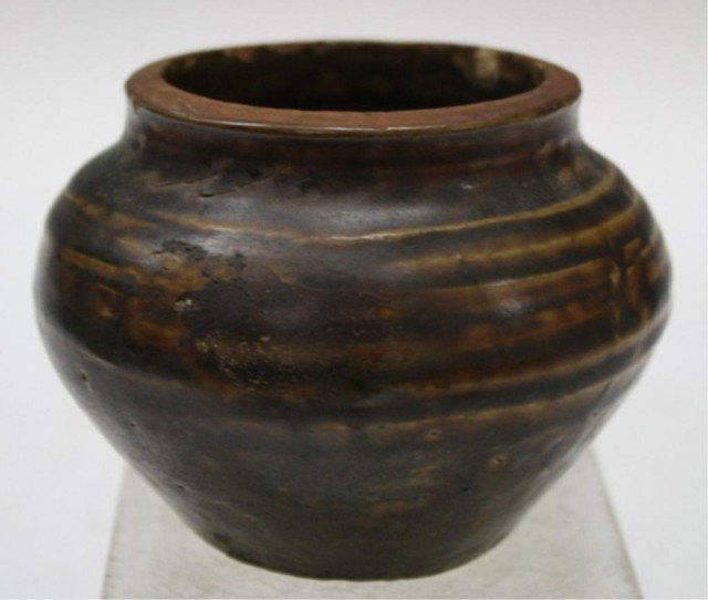 15: Antique Chinese Small Brown Tang Dyn. Ceramic Jar