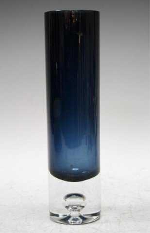 Finnish Tapio Wirkkala Navy Blue Art Glass Vase