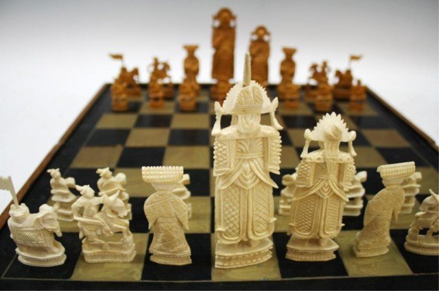 Chinese Antique Ivory Chess Set - 4