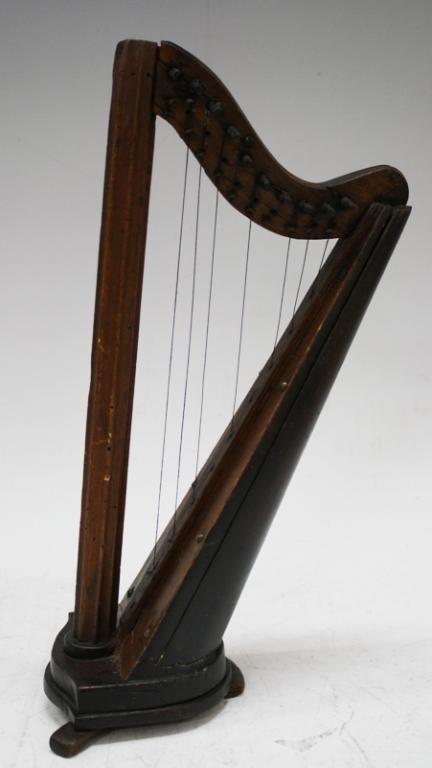 Walnut Harp ca. 1860-1880