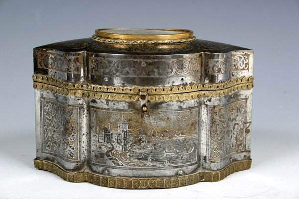 25: Very rare engraved Steel Box with Oil Painting.
