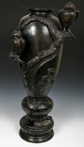 """522: Monumental Meiji Japanese Bronze Palace Vase 36"""""""