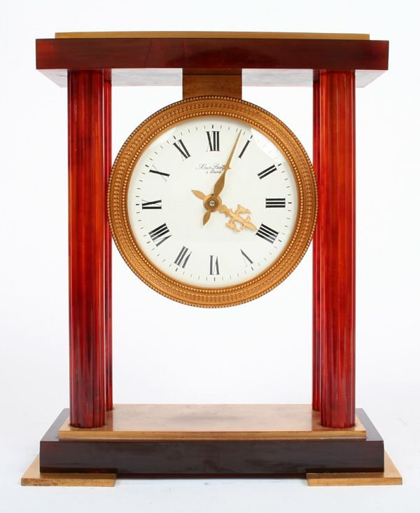 5: Hour Lavigne Mantle Clock
