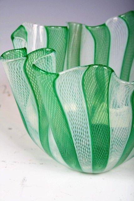 1002: Murano Handkerchief Vase - Venini c. 1950