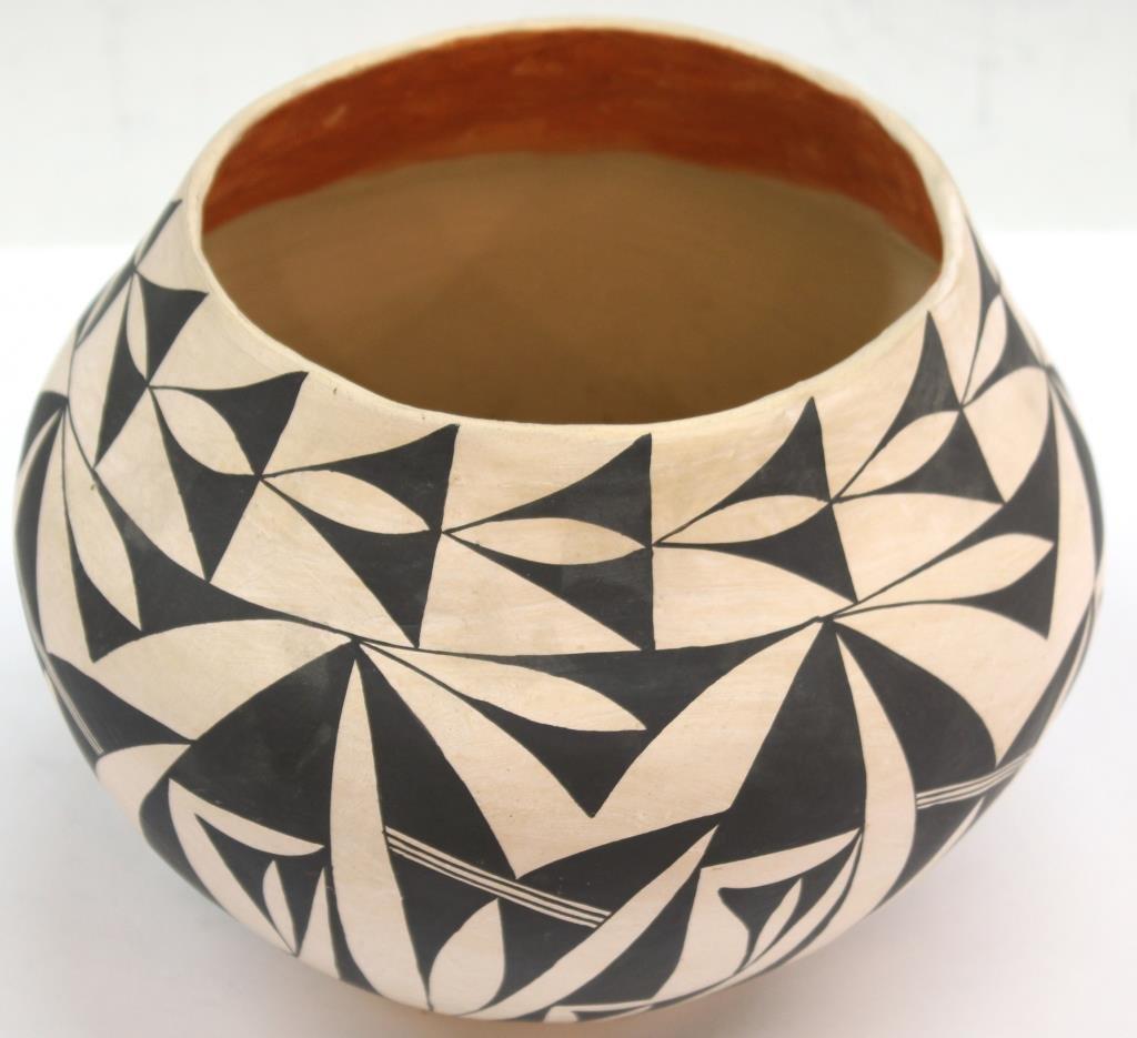 Native American Acoma Pueblo Ceramic Jar - 2