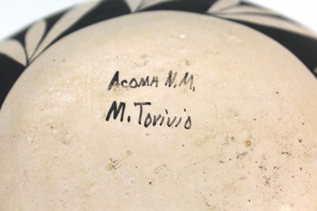 Native American Acoma Pueblo Ceramic Jar - 4