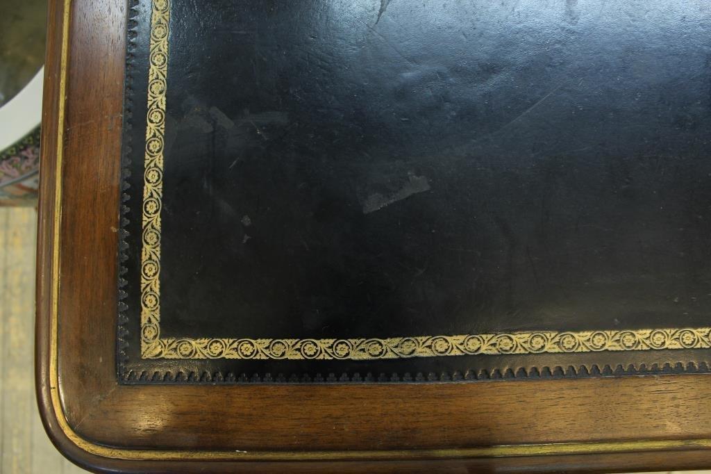 Louis XV-Form Bureau Plat, 20th C. - 4