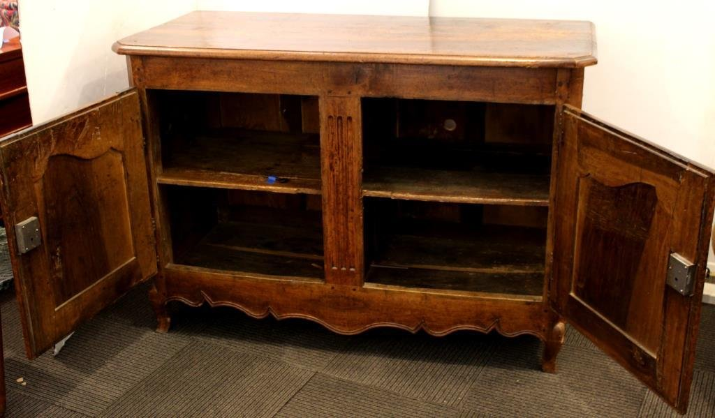 French Provincial Fruitwood Buffet, 19th C. - 3