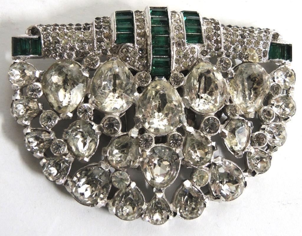 16 Vintage Rhinestone Costume Jewelry Articles - 3