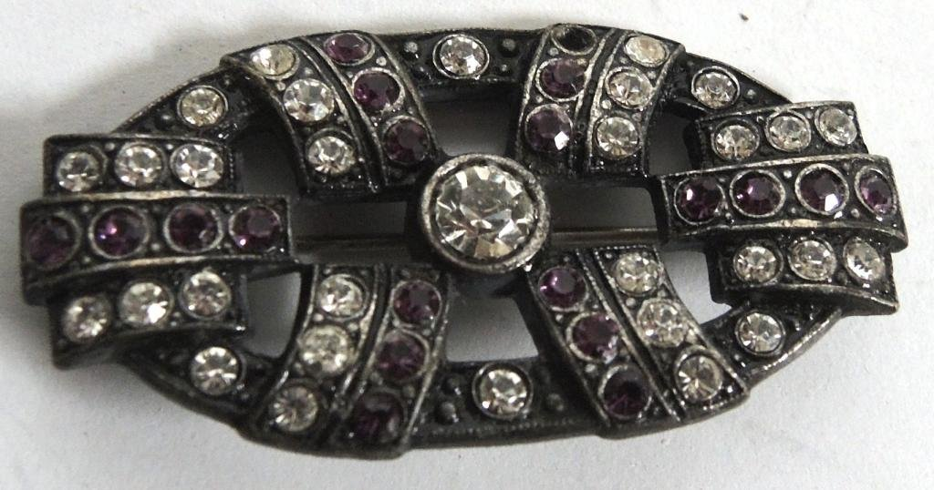 16 Vintage Rhinestone Costume Jewelry Articles - 4