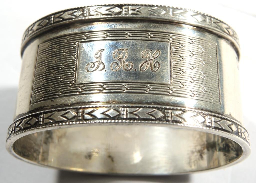 Pair Cased Vintage English Sterling Napkin Rings - 6