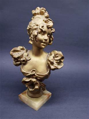 ANTIQUE VICTORIAN LADY BUST ON MARBLE
