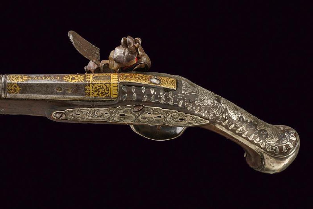 A fine flintlock pistol - 3