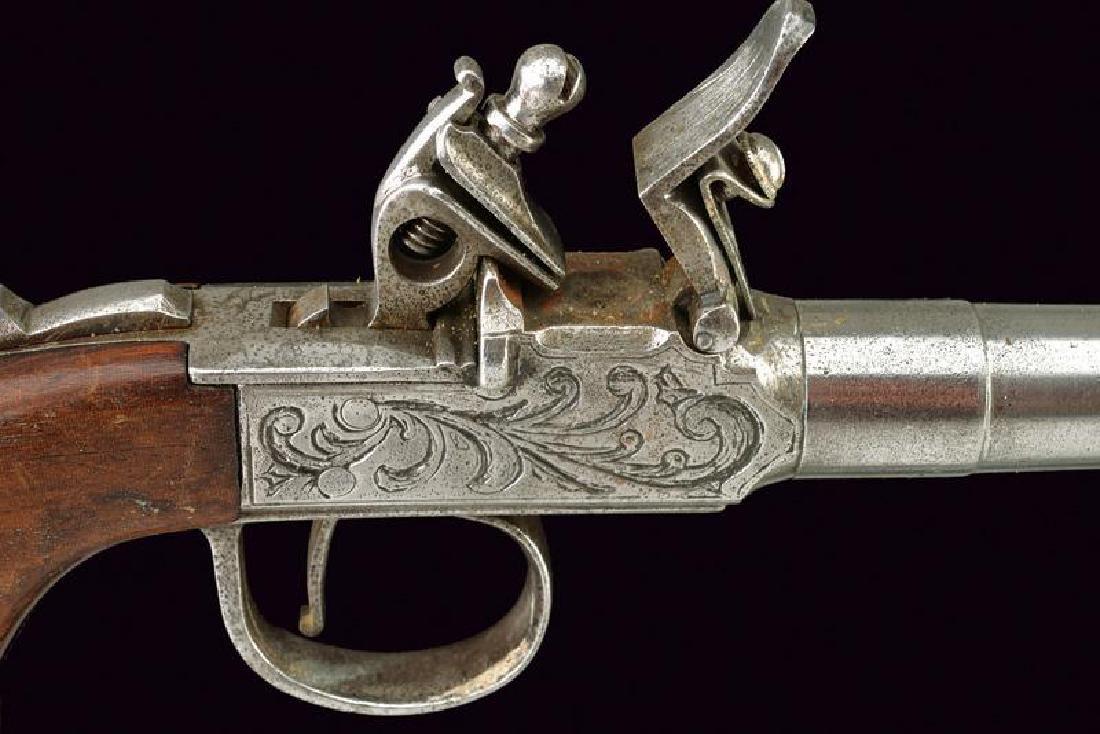 A pair of flintlock pocket pistols - 2