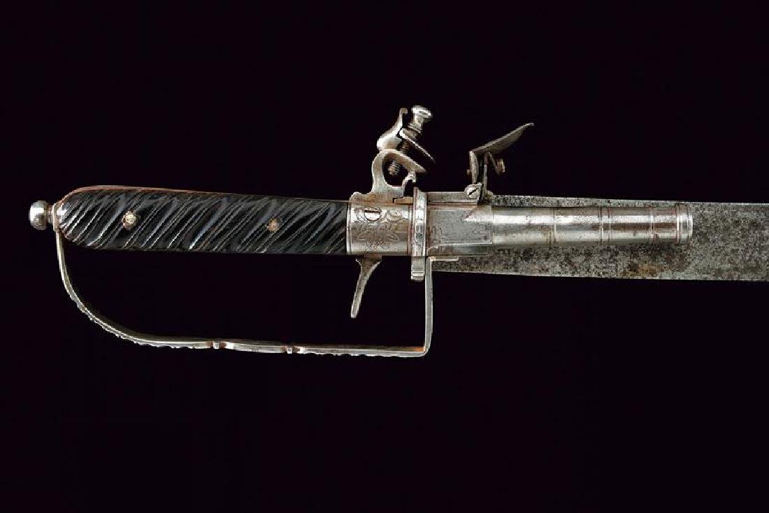 A rare hunting hanger combined with a flintlock pistol - 2
