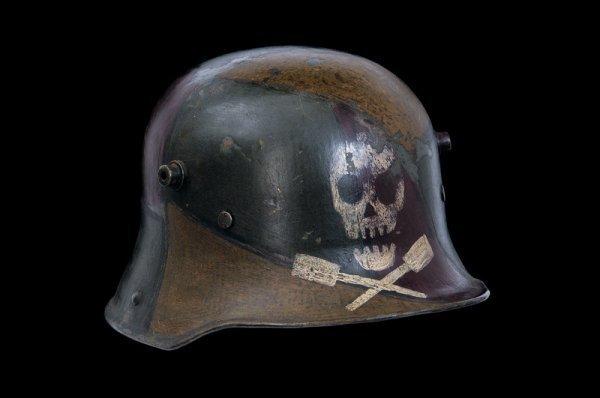 1005: A 1916 model camouflage stosstruppen steel helmet
