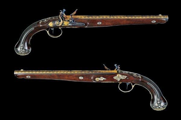 144: A pair of flintlock presentation pistols by Boutet - 2
