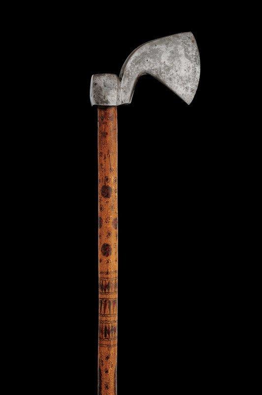 "41: A ""Tungi"" axe"