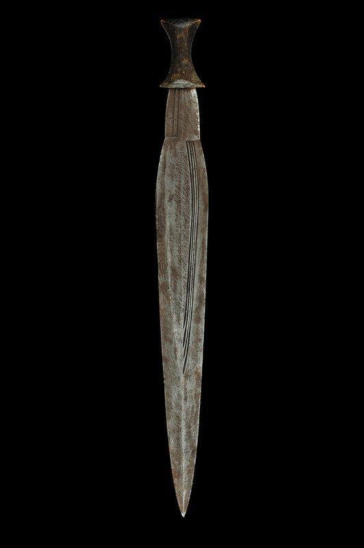 53: A Boa/Zande sword