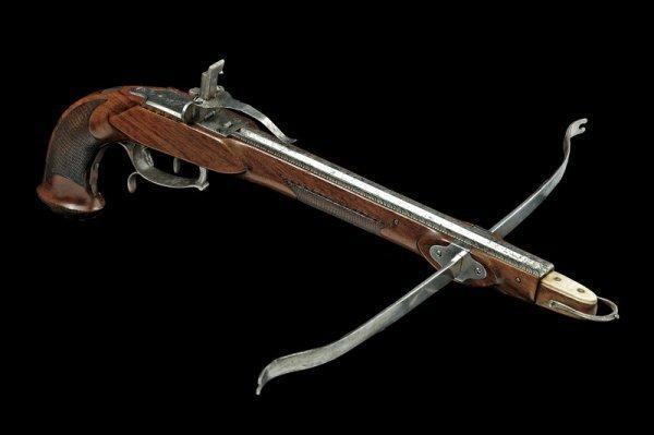 1355: A fine crossbow pistol
