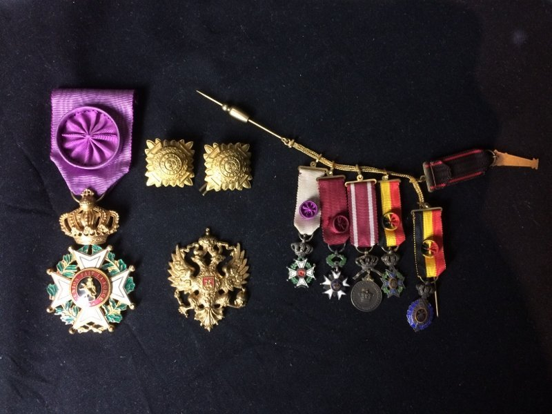 Box lot-Military medals
