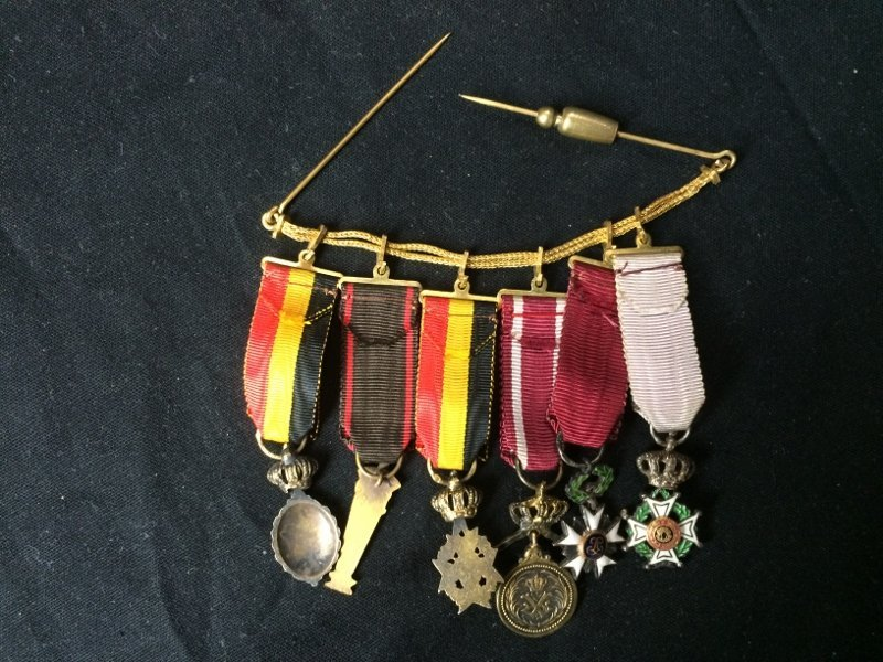 Box lot-Military medals - 9