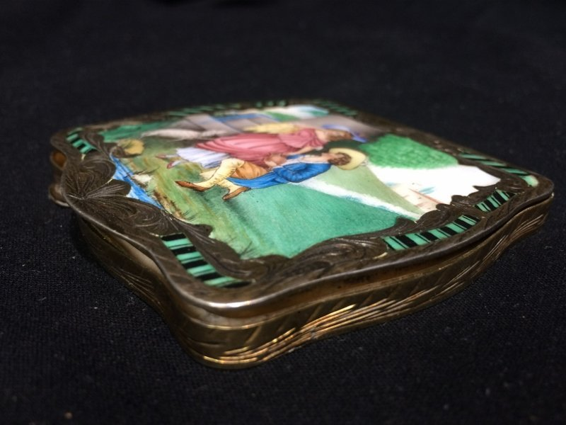 Box lot-800 silver and enamel compact, 3.9 t. oz - 3