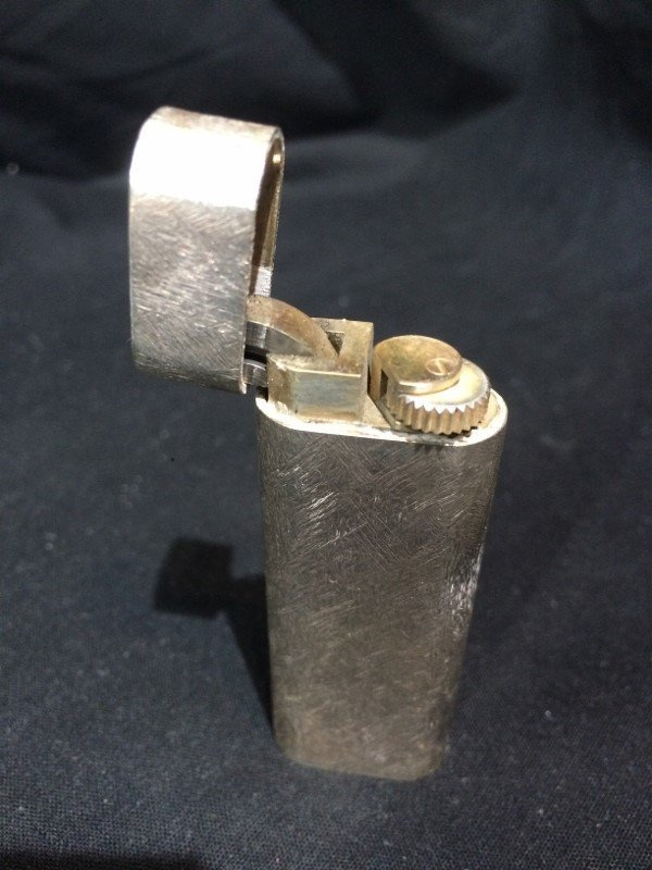 Box lot-3 Lighters, incl Dunhill & Cartier - 8