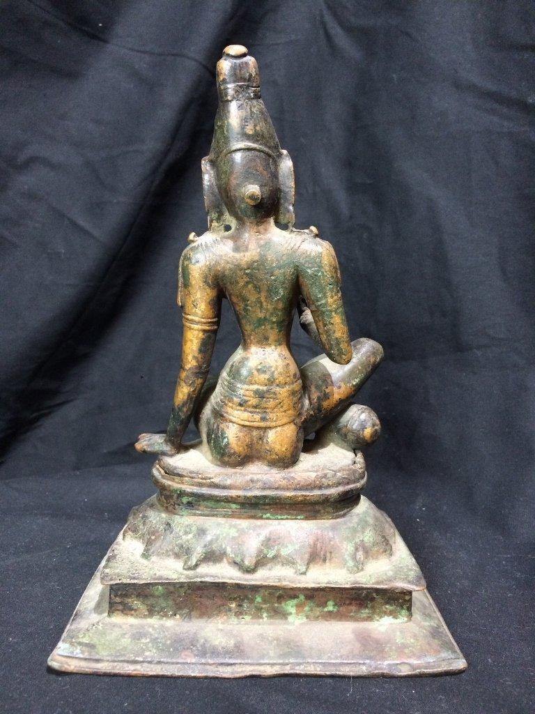 Indian metal or bronze idol figure - 3