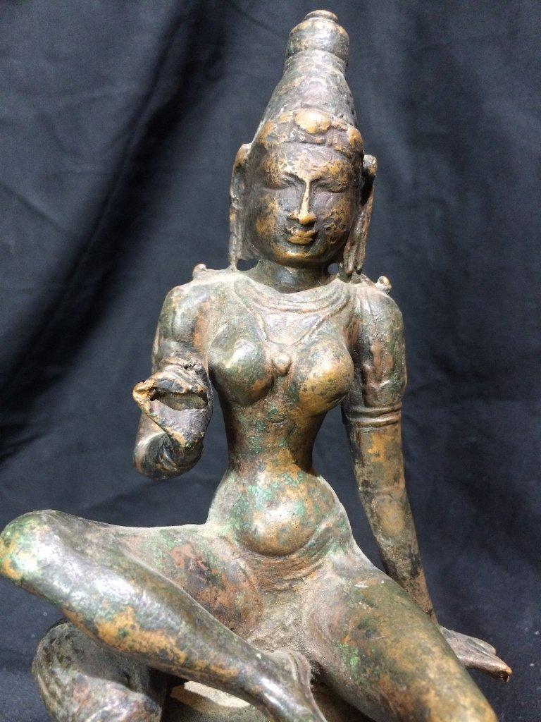Indian metal or bronze idol figure - 5