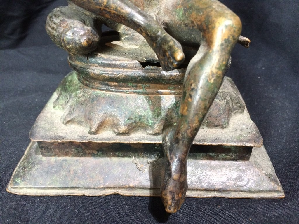 Indian metal or bronze idol figure - 6
