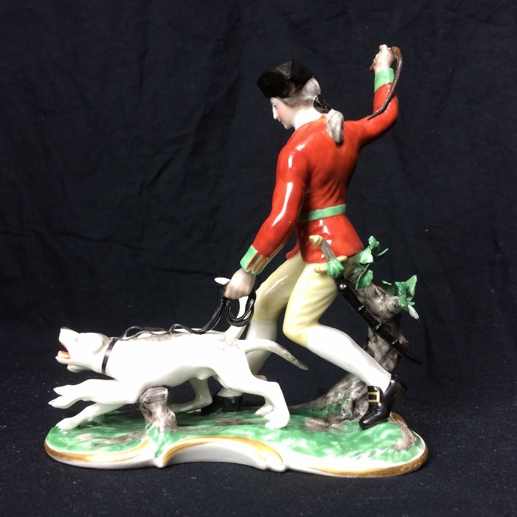 Nymphenburg figurine with dogs, c.1920 - 3