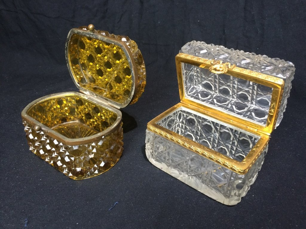 Box lot-Two crystal boxes - 2