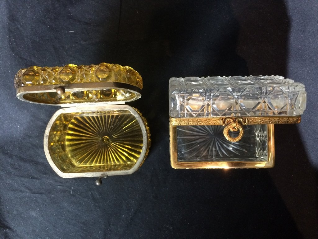 Box lot-Two crystal boxes - 3