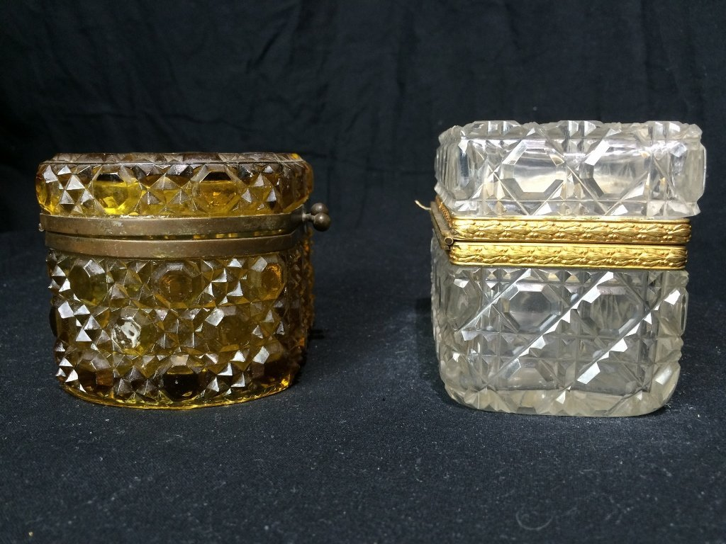 Box lot-Two crystal boxes - 6