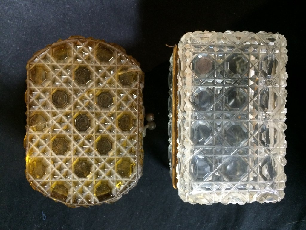 Box lot-Two crystal boxes - 7