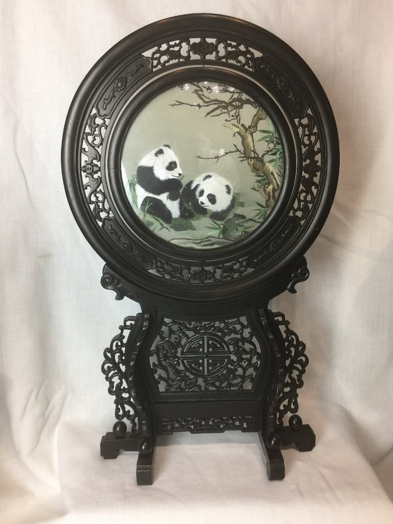 Wood and embroidery Panda table screen-Chinese