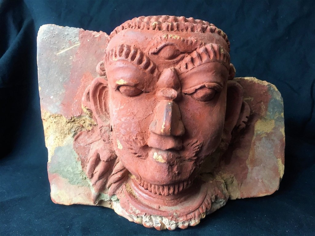 Early Indian terracotta fragment
