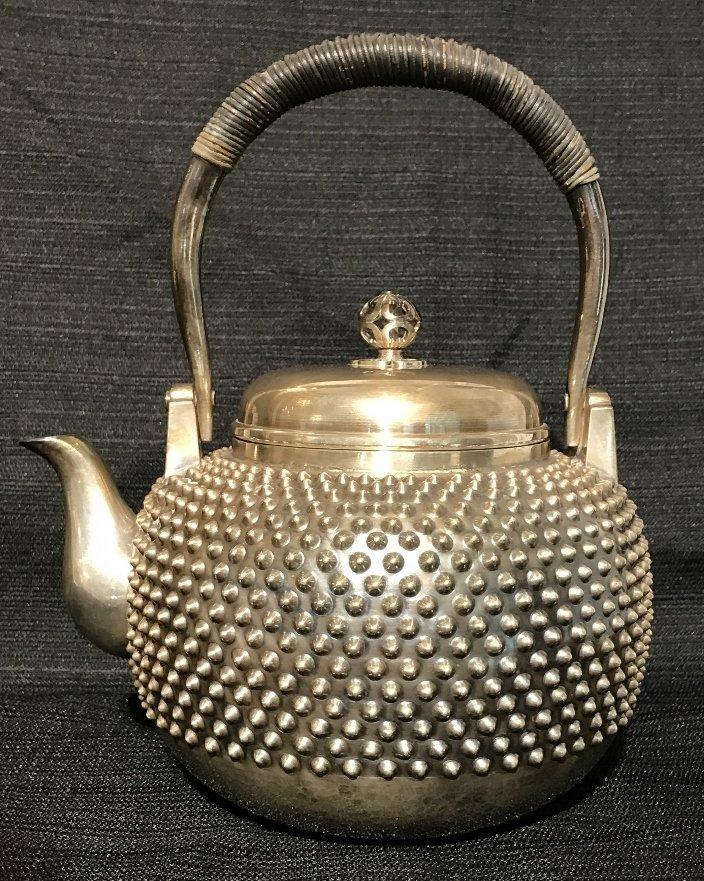 Japanese silver teapot, 30.2 t. oz