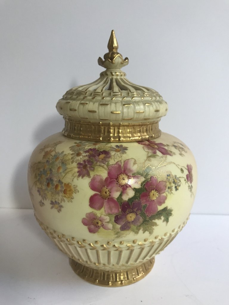 Royal Worcester covered jar as-is