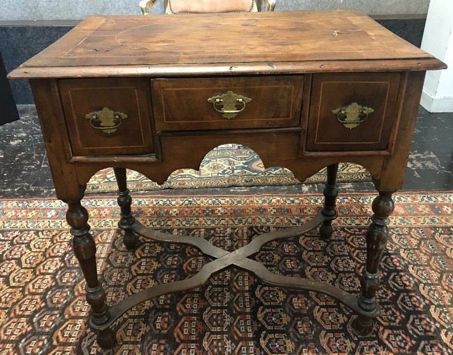 17th/18th century small table with drawers