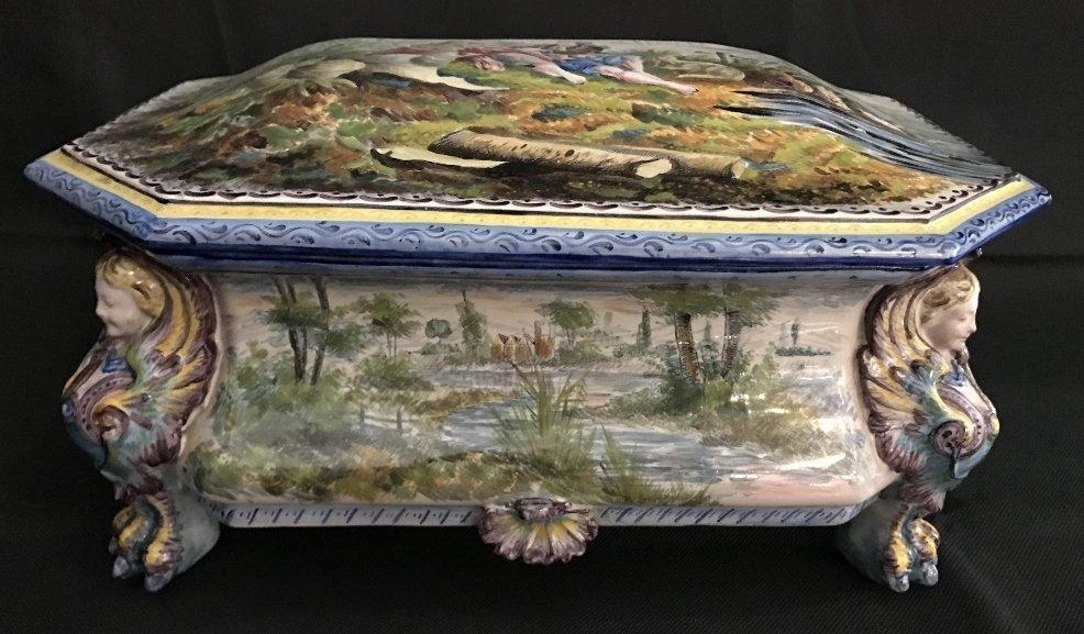 Large Capodimonte style box, 19th century