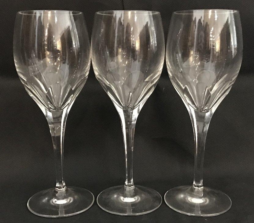 Seven Tiffany crystal wine glasses - 6