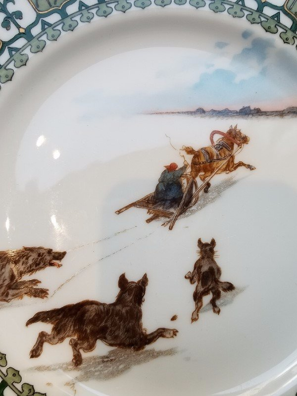 Russian Troika plate by Kornilov Brothers, c.1900 - 3