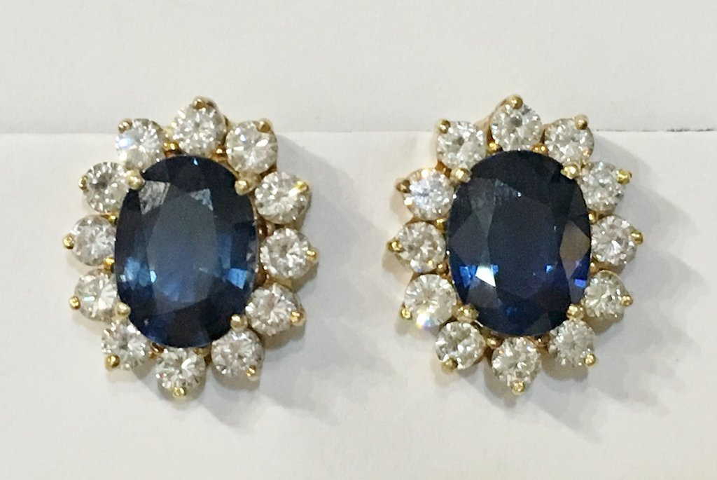 Natural sapphire and dia earrings, circa 1965/1970-GIA