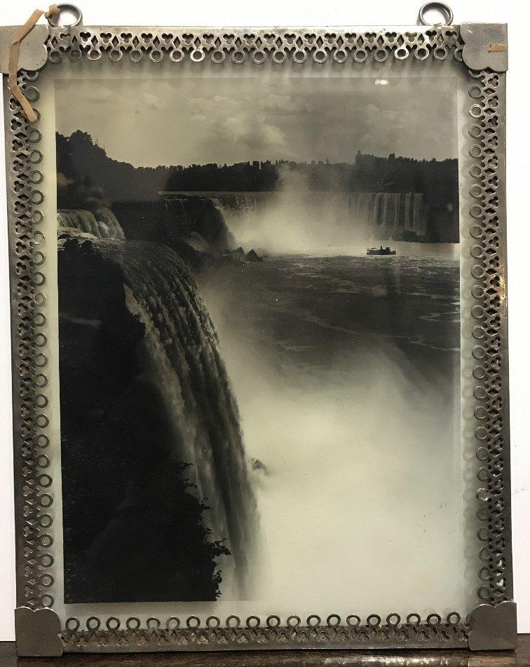 Glass photo of Niagara Falls, c.1900