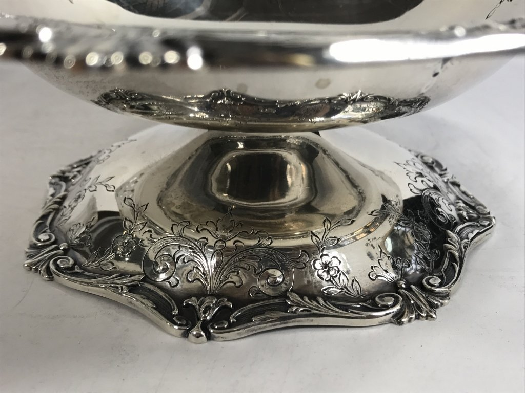 Two American sterling candy dishes, 24.7 t. oz - 5