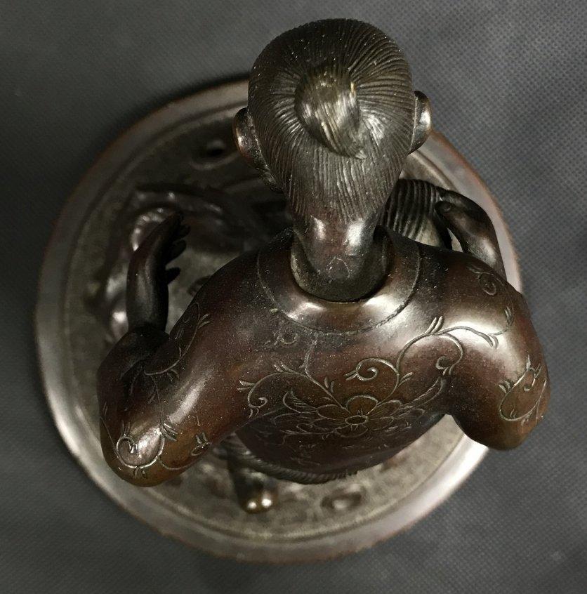 Japanese bronze lid, c.1880 - 9