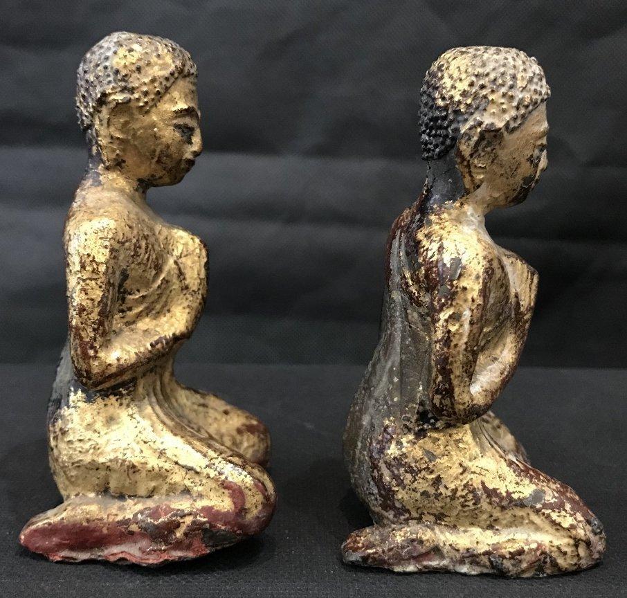 Two gilt metal praying monks, 18th/19th century - 4